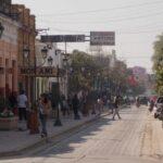 Motochorros intentan asaltar a una mujer en el centro de Orán a plena luz del día